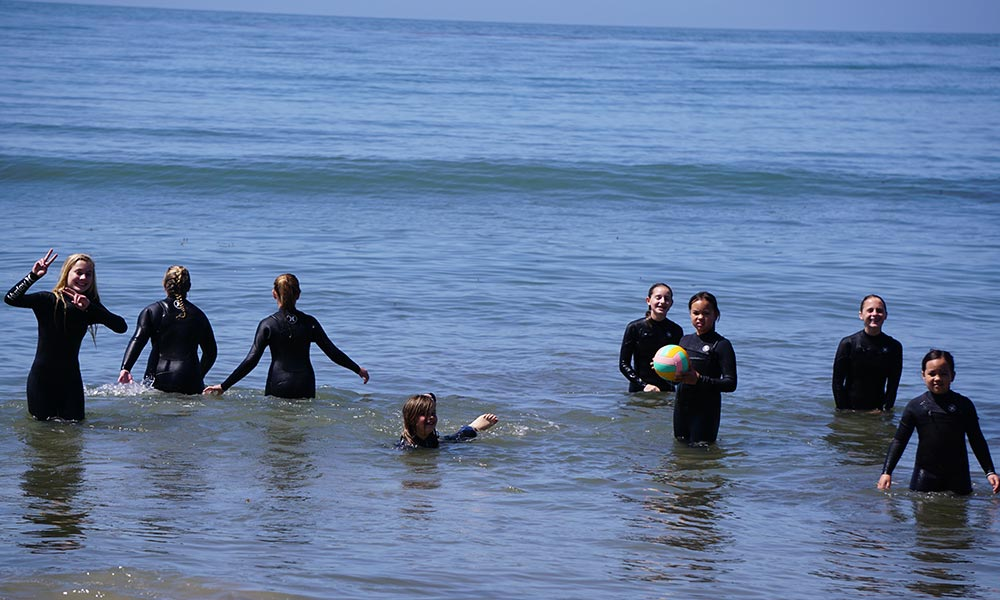 Santa-Barbara-Girl-Surfs-Curl-4