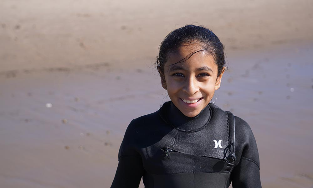 Santa-Barbara-Girl-Surfs-Curl-5