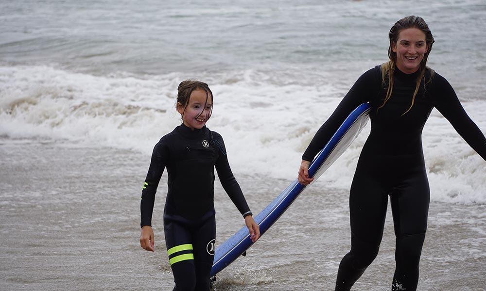 Santa-Barbara-Girl-Surfs-Curl-6